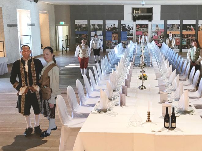 AYMANDO Personaldienstleistungen - Service bei Veranstaltung im Schloss